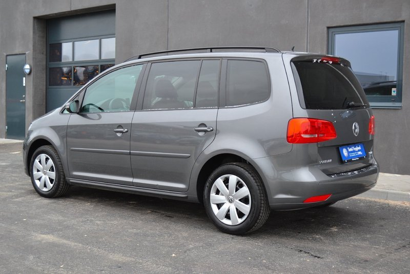 solgt vw touran 2 0 tdi 140 comfort brugt 2012 km i kastrup. Black Bedroom Furniture Sets. Home Design Ideas