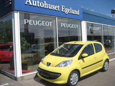 käytetty Peugeot 107 1,0 12V Trendy 68HK 5d