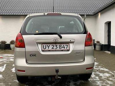 käytetty Toyota Corolla Verso 2,0