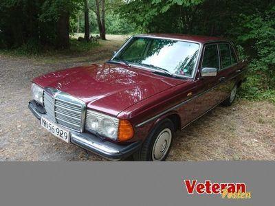 brugt Mercedes 250 aut., 2,5 liter, benzin