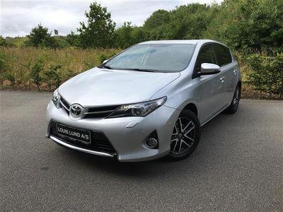gebraucht Toyota Auris 1,6 Valvematic T2 Premium Multidrive S 132HK 5d 6g Aut.