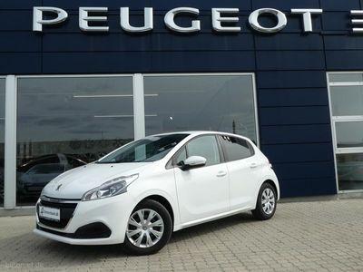 usado Peugeot 208 1,2 VTi Strike 82HK 5d
