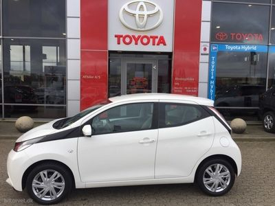 brugt Toyota Aygo 1,0 VVT-I X-Play + Touch 68HK 3d