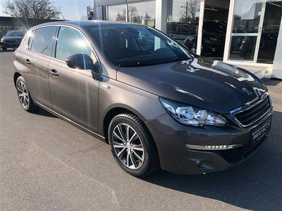 gebraucht Peugeot 308 1,2 e-THP Style 130HK 5d 6g