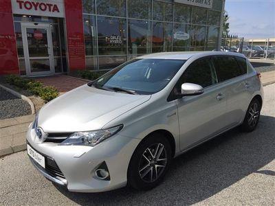 usata Toyota Auris Hybrid 1,8 VVT-I Premium E-CVT 136HK 5d Aut.