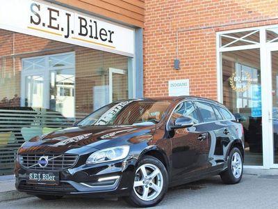 brugt Volvo V60 2,0 D3 Momentum 150HK Stc 6g A+