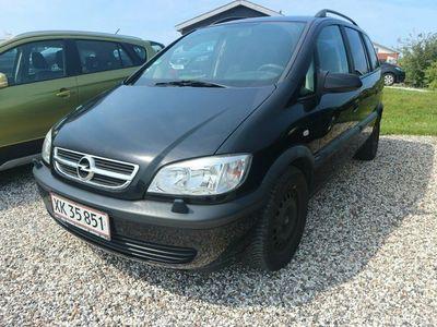 gebraucht Opel Zafira 1,8 16V Family 7prs