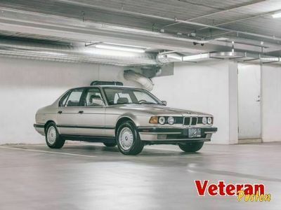 brugt BMW 735 i - E32