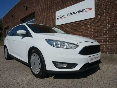 gebraucht Ford Focus 1,5 TDCi 105 Business stc. ECO