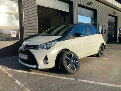 brugt Toyota Yaris 1,5 Hybrid Pure E-CVT 100HK 5d Trinl. Gear