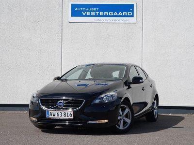 usado Volvo V40 1,6 D2 DRIVe-E Kinetic 115HK Stc 6g