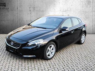 used Volvo V40 1,6 D2 DRIVe-E Kinetic 115HK Stc 6g - Personbil - Sortmetal