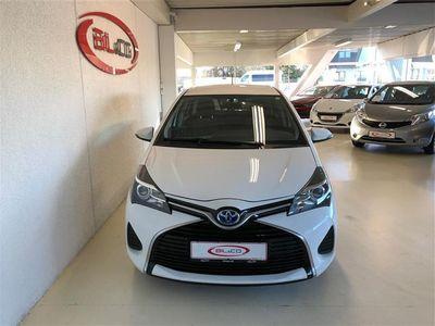käytetty Toyota Yaris Hybrid 1,5 VVT-I E-CVT 100HK 5d Aut.