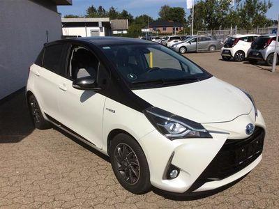 brugt Toyota Yaris 1,5 B/EL H3 Premium E-CVT 100HK 5d