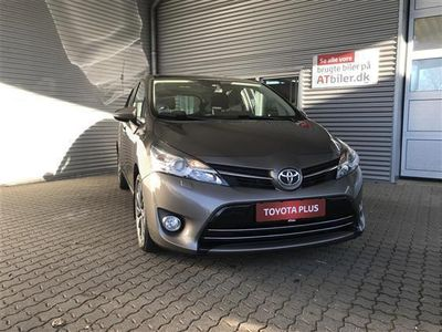brugt Toyota Verso 7 pers. 1,8 VVT-I T2 premium + Skyview Multidrive S 147HK 6g Aut.