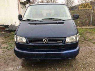 brugt VW Caravelle 2,5 TDI 10 per NYSYNET