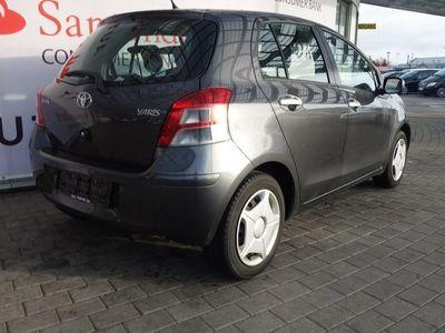brugt Toyota Yaris 1,3 1,3 Man. 6, 5D 99HK 5d
