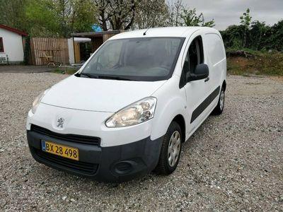 używany Peugeot Partner 1,6 e-HDi 90 L1 Van Flexpack