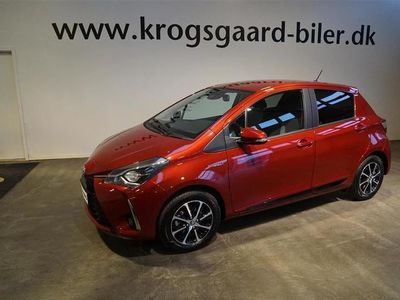 begagnad Toyota Yaris 1,5 B/EL H3 Selected E-CVT 100HK 5d Trinl. Gear