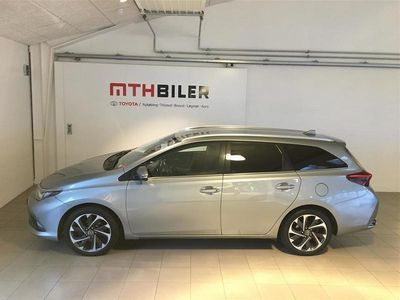 brugt Toyota Auris Touring Sports 1,2 T T2 Style 115HK Stc 6g