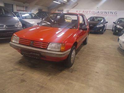used Peugeot 205 1,9 aut.