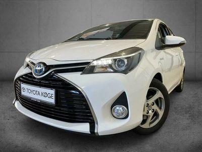 brugt Toyota Yaris Hybrid 1,5 VVT-I Vision E-CVT 100HK 5d Aut.
