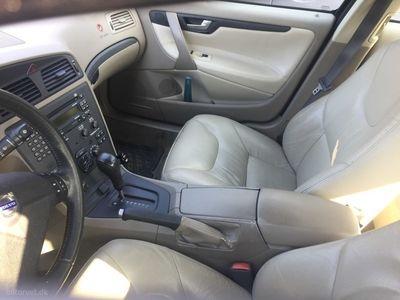 used Volvo S60 2,4 Celebration 170HK Aut.