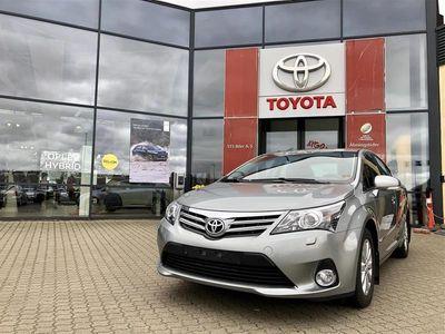 brugt Toyota Avensis 1,8 VVT-I T2 Premium 147HK 6g