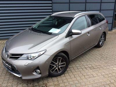 brugt Toyota Auris Touring Sports 1,8 VVT-I H2 Premium Comfort E-CVT 136HK Stc Aut.