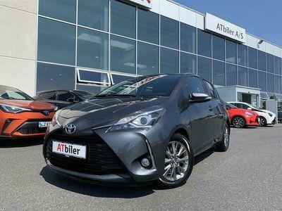 brugt Toyota Yaris 1,4 D-4D T2 Premium Safety Sense 90HK 5d 6g