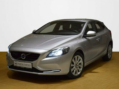 usado Volvo V40 2,0 D3 150 Momentum aut.