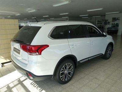 brugt Mitsubishi Outlander 7 Sæder 2,2 DI-D Instyle 4WD 150HK 5d 6g Aut.