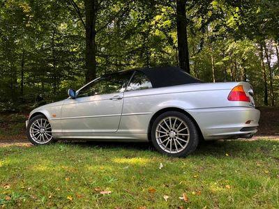 brugt BMW 325 Cabriolet 3 serie E46 i