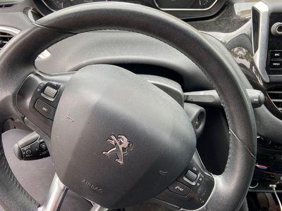 brugt Peugeot 208 1.2 VTi 5D
