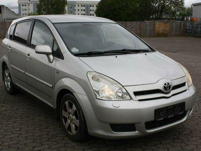 gebraucht Toyota Corolla Verso 2,2 D-4D Luna 7prs