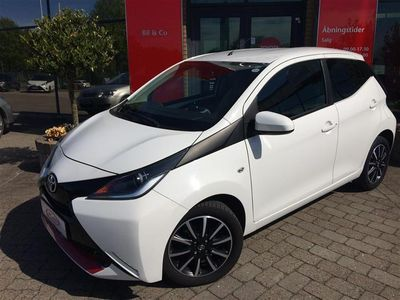 second-hand Toyota Aygo 1,0 VVT-I X-Play Air 69HK 5d