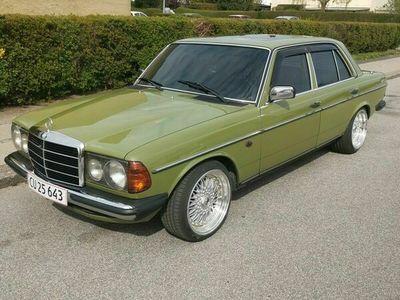 brugt Mercedes 200 200 300 (W123)2,0