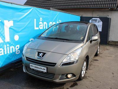 gebraucht Peugeot 5008 1,6 HDi 110 Premium 7prs 5d
