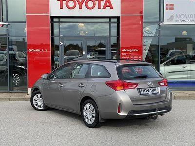 brugt Toyota Auris 1,4 D-4D DPF T1+ 90HK Stc 6g