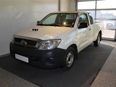 brugt Toyota HiLux 2,5 D-4D, D-Cab 2WD 102HK Pick-Up