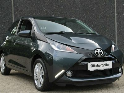 usado Toyota Aygo 1,0 VVT-i x-press