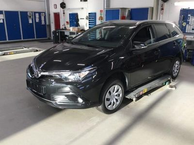 brugt Toyota Auris Touring Sports 1,2 T T2 115HK Stc 6g