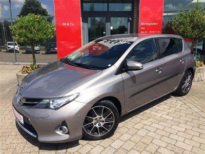 usado Toyota Auris 1,4 D-4D DPF T2+ 90HK 5d 6g