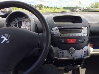 käytetty Peugeot 107 1,0 5-D 68 HK