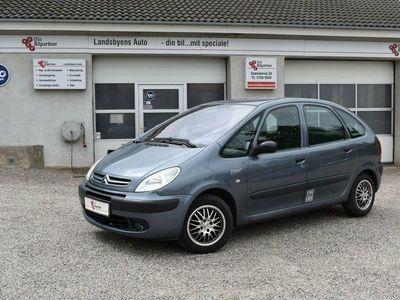 usado Citroën Xsara Picasso 1,6i 16V 110 ComfortVan