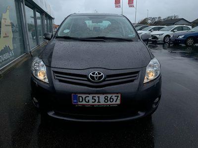 brugt Toyota Auris 1,4 D-4D DPF T2 90HK 5d A