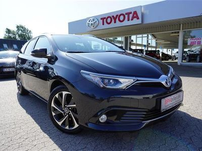 brugt Toyota Auris Hybrid 1,8 B/EL Style 136HK 5d Aut.