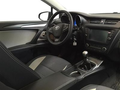 brugt Toyota Avensis Touring Sports 2,0 D-4D T2 Premium 143HK Stc 6g