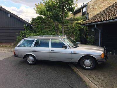 brugt Mercedes 200 300 (W123) 230 TE