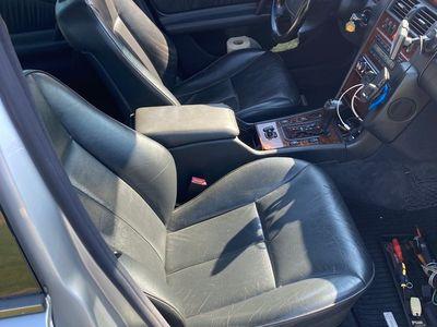 brugt Mercedes E300 TURBO